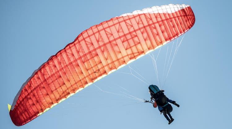 Flugschüler bei Flug von der Rigi mit Gleitschirm abgestürzt