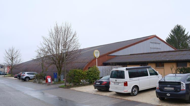 Seit Dezember ist hier tote Hose:Tennispark Haugraben in Bättwil. (Kenneth Nars / BLZ)