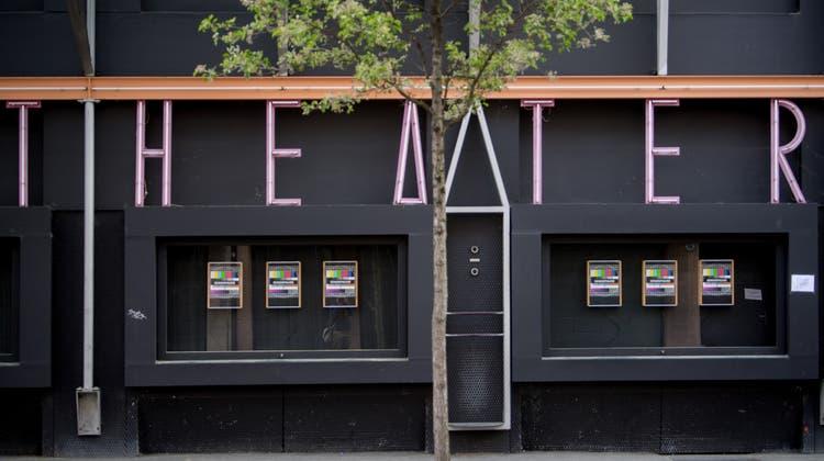Kleintheater Luzern plant bei allfälligem Neustart Ende April mit Premiere des Kabarettduos Ohne Rolf