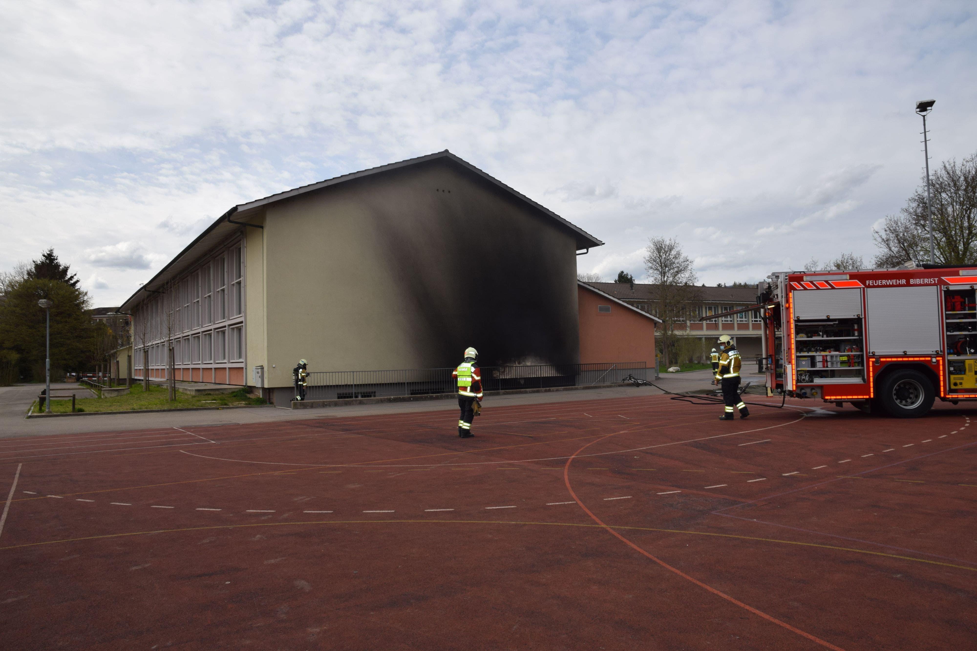 Im Tiefparterre der Sporthalle «Bleichematt» in Biberist kam es am Montagnachmittag zu einem Brand