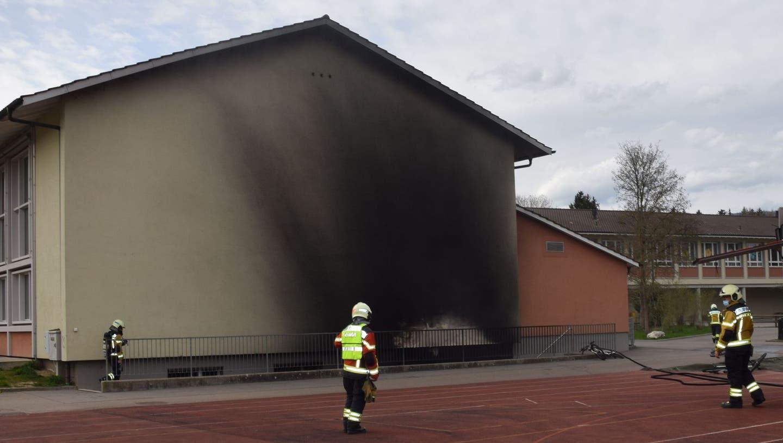Brand bei Turnhalle und weitere Vorfälle: Vandalen waren über Ostertage unterwegs –Gemeindepräsident kündet Massnahmen an