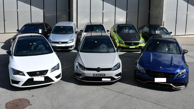Die Kantonspolizei musste am Osterwochenende acht Fahrzeuge sicherstellen. (Kapo AG)