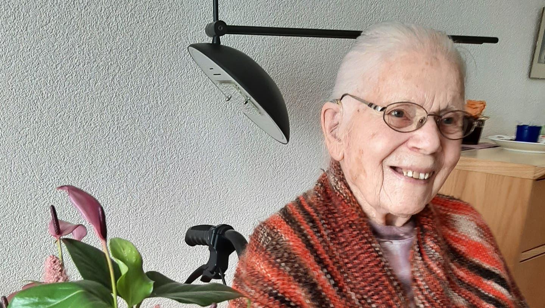Anna Burger-Haas wurde am 4.4.1918 in Derendingen SO geboren. Von 1942 bis 2013 lebte sie in Unterentfelden, seither ist sie im Alterszentrum Mühlefehld in Erlinsbach SO daheim. (zvg)