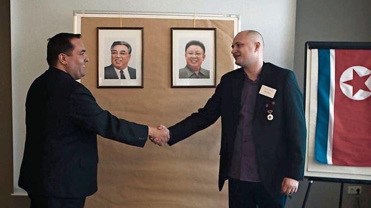 Perfekte Tarnung, traurige Gestalten: Das ist die unglaubliche Geschichte über zwei Hobby-Spione im Reich Kims