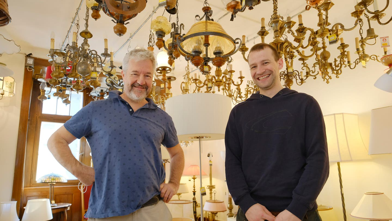 Es ist ein Familiengeschäft: Vater Rolf und Sohn Fritz Boner. (Bild: Kenneth Nars)