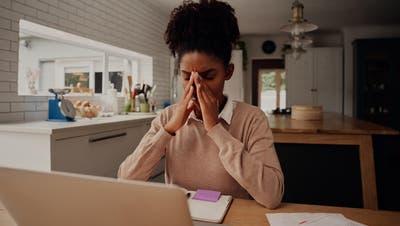 Psychische Probleme wie Angststörungen können nach einer Infektion mit Covid-19 folgen. (Shutterstock)
