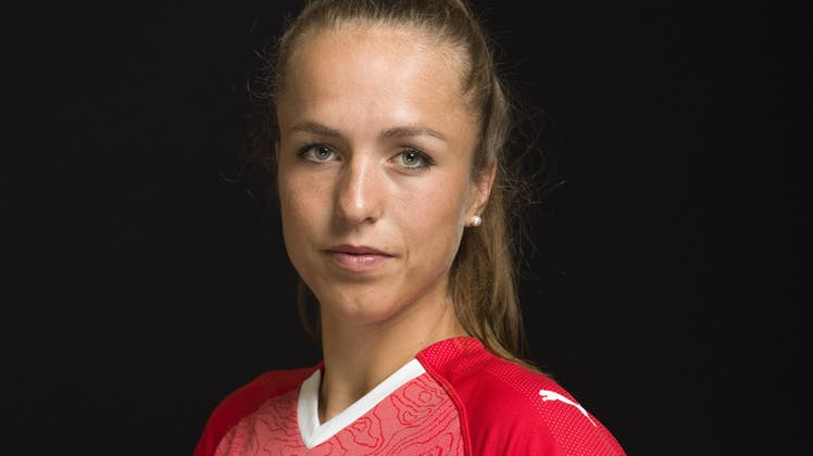 «Es wird wehtun», Lia Wälti erwartet gegen Tschechien einen Kampf. (Claudio De Capitani / freshfocus)