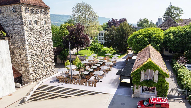 Der Schlossplatz in Aarau. Hier entstehen Biergarten und Spielplatz. (Nadja Rohner)