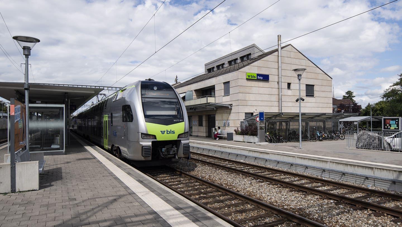 Die BLS muss Bund und Kantonen 49 Millionen Franken zurückbezahlen. (Keystone)