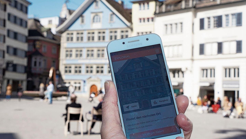 Schnitzeljagd durch die Stadt und knifflige Quiz-Fragen – so funktioniert das virtuelleSechseläuten-Spiel