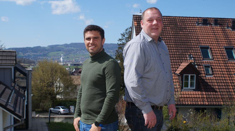 Bald endet ihre Zeit beim Fussballclub Dietikon: Trainer João Paiva und Sportchef Christian Müller (von links). (Ruedi Burkart)