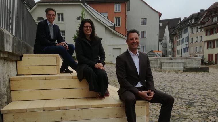 Stefan Hein (v.l.), Leiter Abteilung Planung und Bau, Stadtammann Barbara Horlacher und Stadtrat Reto Wettstein. (Bild: Claudia Meier (6. Mai 2021))