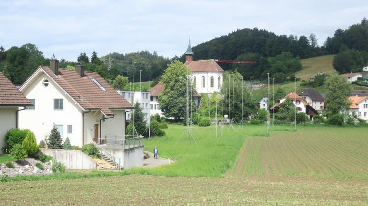 Wäre ein idealer Antennen-Standort, kam aber nicht infrage: die Kirche Uerkheim (Bild: Flurina Dünki, 10. Juni 2020)