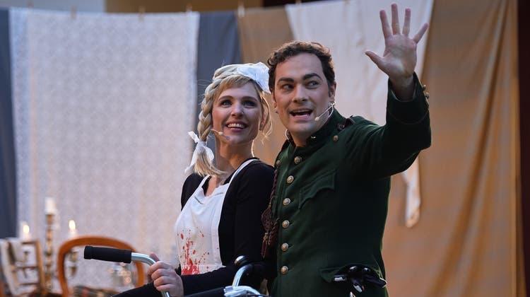 Melanie Gehrig und Peter Martin Bader in einer Szene aus «Ein bezauberndes Fräulein». (Zvg)