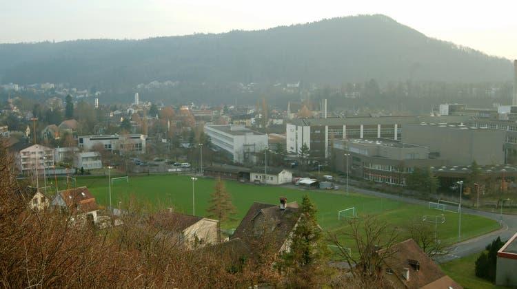 Der Sportplatz Steig: Hier könnten künftig Wohnungen gebaut werden. (AZ-Archiv)
