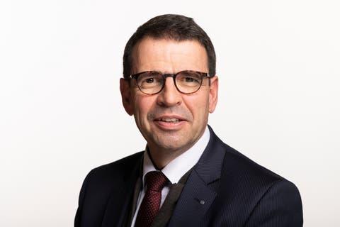 Matthias Samuel Jauslin, Nationalrat FDP. Er setzt sich für das CO2-Gesetz und für die Trinkwasser-Initiative ein.