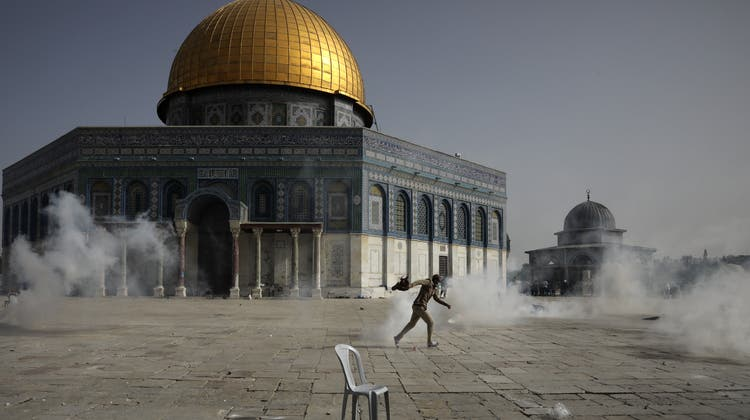 Der Tempelberg steht im Fokus der Unruhen. (Mahmoud Illean / AP)
