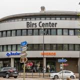 Das Gesundheitszentrum wird im Birs Center beim LaufnerBahnhof eingemietet sein. (Nicole Nars-Zimmer)