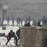 Zusammenstösse auf Tempelberg in Jerusalem fordern hunderte Verletzte –Raketenangriffe aus Gaza