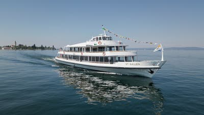Die «MS St.Gallen» der Schweizerischen Bodensee-Schifffahrtsgesellschaft AG hat am Wochenende gebrannt. (Bild: PD)