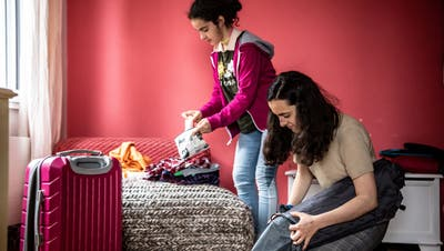 Kofferpacken für Klassenlager wird in Luzern wieder ein Thema. (Bild: Nadia Schärli (Luzern, 11.05.2021))