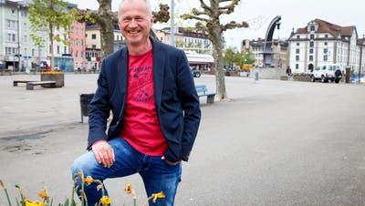 Reto Kaelli auf dem Hafenplatz am See, einem der Lieblingsorte des Stadtratskandidaten. (Bild: Rudolf Hirtl)