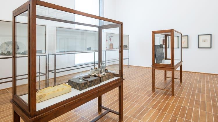 Joseph Beuys; 11 Vitrinen; 1949-1984 (Jonas Hänggi / © 2021, ProLitteris, Zurich)