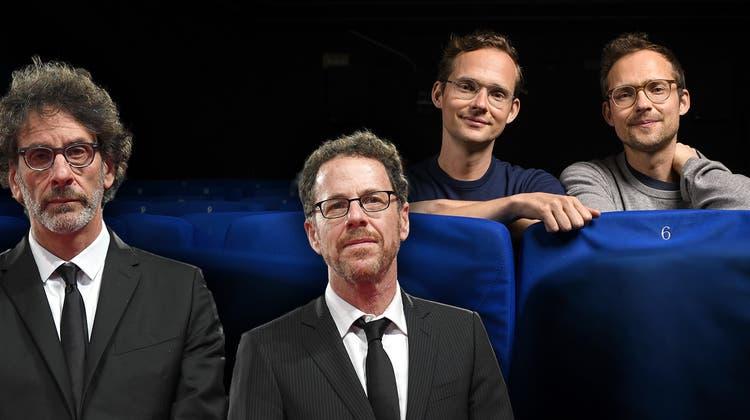 Filmduo mit gemeinsamem Erbpool: Ramon (l.) und Silvan Zürcher in einem Berner Kino. (Bild: Anthony Anex / Keystone)