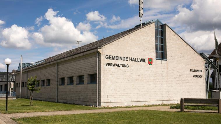 In Hallwil haben die Fusionsabklärungen auch finanzielle Gründe. (Britta Gut)