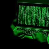 Die Hackergruppe «DarkSide» wählt ihre Opfer nach ganz gestimmten Kriterien aus. (Sascha Steinbach / EPA)