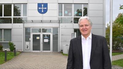 Noch bis Ende August ist das Gemeindehaus Neuendorf einer der Arbeitsplätze von Rolf Kissling. (Bruno Kissling)