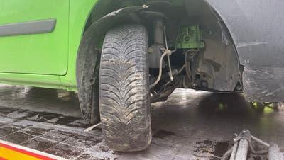 Am Renault Kagoo entstand Sachschaden. (Kapo AG)