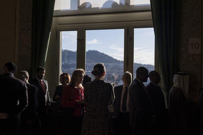 Neujahrsempfang der Botschafterinnen und Botschafter in Bern (hier im Jahr 2020): Haben die Diplomaten Schulden bei privaten Firmen in der Schweiz, bekommen sie es mit dem Aussendepartement zu tun.