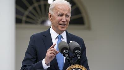 Stellte die Schweiz auf eine Stufe mit Bermuda: US-Präsident Joe Biden (Bild: Tasos Katopodis / Pool / EPA)