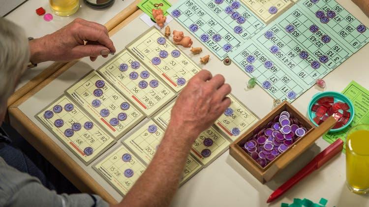 Für viele Vereine stellen kleine Lotterieveranstaltungen eine bedeutende Einnahmequelle dar. (Bild: Benjamin Manser)