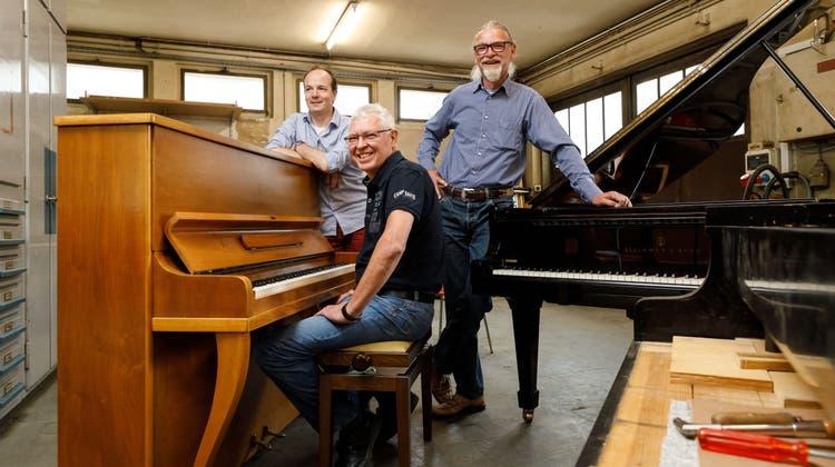 100 Jahre Musik Billeter: Stefan Amstutz (Mitarbeiter), Rolf Billeter und Stefan Billeter (von links). (Hanspeter Bärtschi)