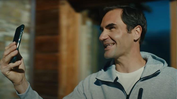 Roger Federer im neuen Werbefilm für Schweiz Tourismus. (Bild: Screenshot Youtube)