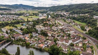 Drohnenbild der Gemeinde Turgi. Hier leben rund 3000 Menschen. (Sandra Ardizzone / BAD)