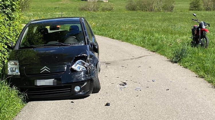 Der Unfall passierte zwischen Dussnang und Wiezikon. (Bild: kapo)