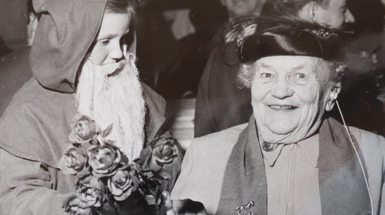 Rosa Dahinden war eine selbstbewusste Frau, die sich auch immer gut kleidete. (Bilder: Rigi-Chronik)