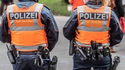 Patrouille der Luzerner Polizei. (Bild: Boris Bürgisser (Luzern, 8. März 2021))
