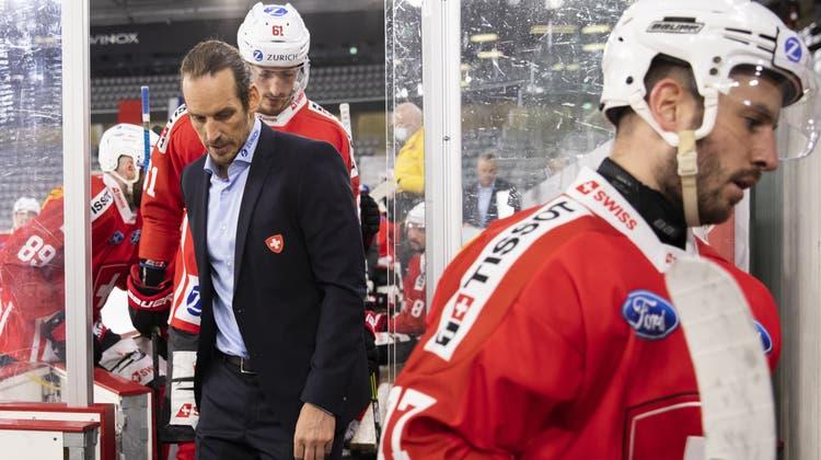 Patrick Fischer und seinen Spielern ist der Kontakt mit Menschen ausserhalb der «Bubble» strengstens untersagt. (Peter Klaunzer / KEYSTONE)