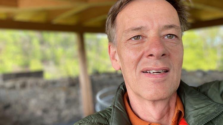 Hans Jürg Domenig hat ein Gespür für Trends: Der 57-Jährige bedruckte während der Coronakrise mit seiner Werbeagentur Masken. (zvg)