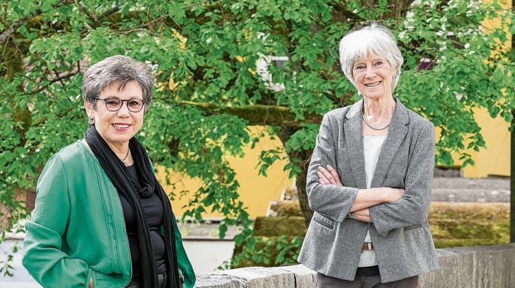 Die beiden Musikpädagoginnen Marina Korendfeld und Carol Bauer sind freundschaftlich miteinander verbunden.
