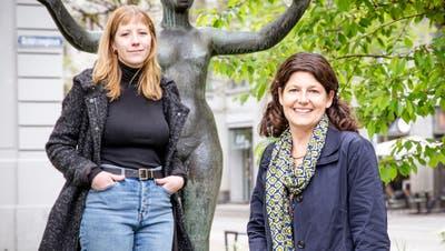 Die Politikerinnen Andrea Scheck und Andrea Hornstein setzen alles daran, dass mehr Plätze und Strassen in St.Gallen nach Frauen benannt werden. Sie finden, dass auch dem Bahnhofspärkli zwischen Bahnhofs- und Poststrasse ein Frauenname gut anstehen würde. (Bild: Tobias Garcia)