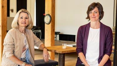 «Die meisten sagten vom Fleck weg zu», erklärt Kulturveranstalterin Andrea Saladin (rechts), die das Projekt mit SissachLive-Präsidentin Anita Crainangeschoben hat. (Kenneth Nars)