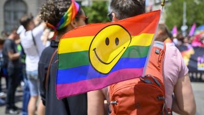 Die LGBT-Community soll in Zukunft mehr Gleichberechtigung erfahren - Das fordern Vorstösse im Basselbieter Landrat (Bild Melanie Duchene / KEYSTONE)