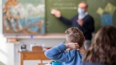 Zuger Regierungsrat hebtMaskenpflicht an Schulen teilweise auf – Luzern wartet ab