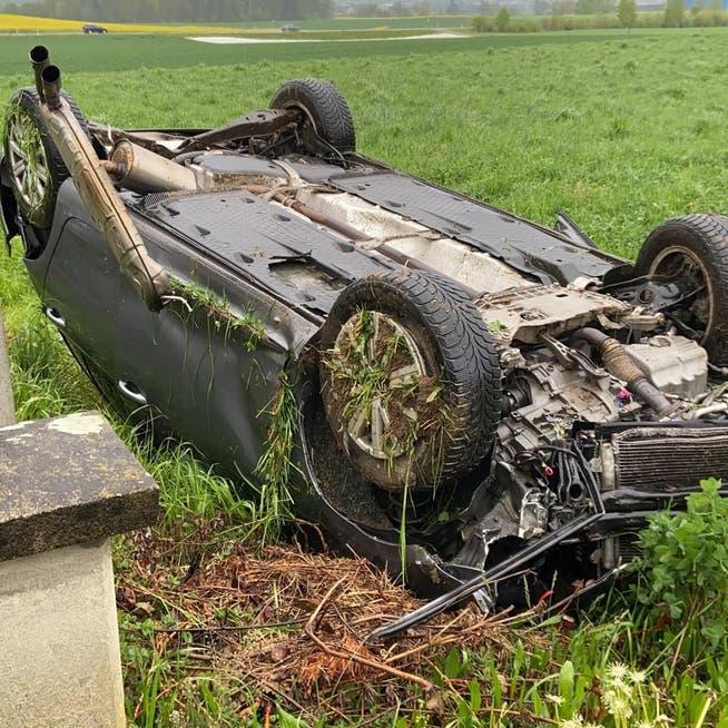Ein 26-Jähriger verlor in Dintikon die Herrschaft über den Wagen.