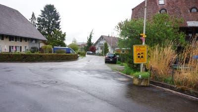 Mit einer Aktion «Freiwillig Tempo 30» haben sich Quartierbewohnerinnen und -bewohner schon früher in Recherswil für diese Verkehrsmassnahme eingesetzt. (Urs Byland)